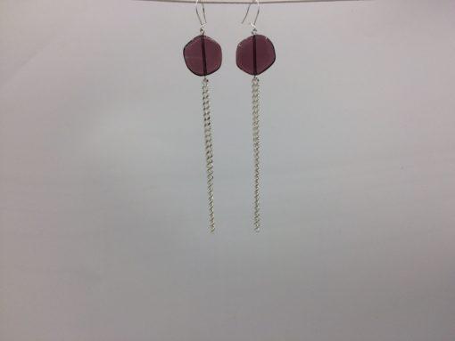 boucles d'oreilles longues galet harmonique violet pastel et fil gourmette argent