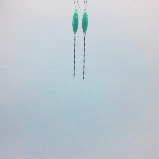 Longues boucles d'oreilles bonbon pimenté vert opaline + fil ton sur ton
