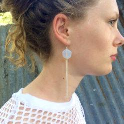 Boucles d'oreilles Galet Harmonique Cristal de Bohême Blanc opale + Fil gourmette argent