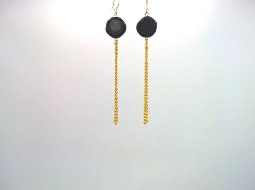 Boucles d'oreilles Galet Harmonique cristal de Bohême noir + fil gourmette or laiton pur