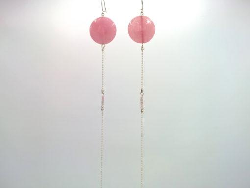 Longues boucles d'oreilles en Équilibre agate facettée rose barbapapa ronde et pâte de verre sur Fil d'argent diamanté