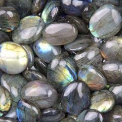 labradorite polie pierre fine minerale