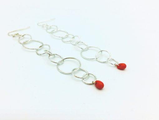 Tourbillon pendants d'oreilles Boucles d'oreilles longues cercles argent goutte rouge corail zoom